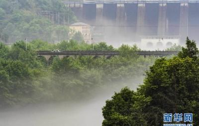 春雨洗尘烟 雾锁佛子岭