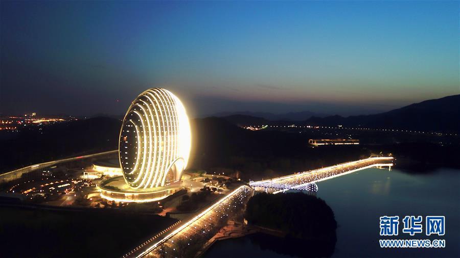 """(""""一带一路""""高峰论坛)(4)这一刻 瞰北京"""