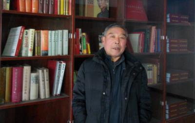 张军——中宣盛世国际书画院会员、著名书法家